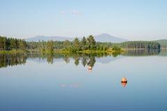 城市池塘 安静 免版税图库摄影
