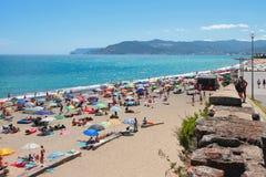 城市海滩在萨沃纳,意大利 库存照片