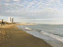 城市海滩在巴塞罗那 免版税库存图片