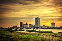 城市点燃地平线 免版税库存照片