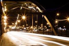城市点燃晚上 免版税图库摄影