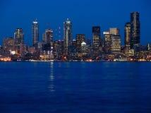 城市点燃西雅图 免版税库存照片