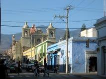 城市生活墨西哥oaxaca街道 免版税库存图片
