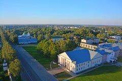 城市的中心看法从Eufrosinia Suzdalskaya Belltower的在苏兹达尔,俄罗斯 免版税图库摄影