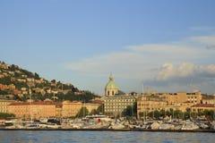 城市的堤防和部分的看法 como 意大利 库存照片