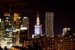 城市的夜视图,华沙 免版税库存图片