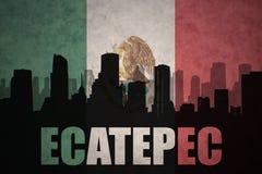 城市的抽象剪影有文本的Ecatepec在葡萄酒墨西哥国旗 库存图片