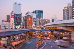 城市美好的全景微明的在上野地区东京 免版税库存图片