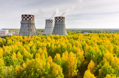 城市能源和温暖的次幂工厂 库存图片