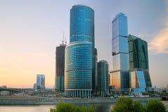 城市莫斯科日落 免版税库存图片