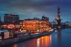 城市莫斯科晚上 库存图片