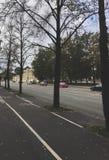 城市街道在一秋天天 免版税库存照片
