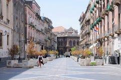 城市街道在卡塔尼亚,西西里岛 免版税图库摄影