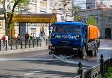 城市街道清洁有洗衣机的 图库摄影