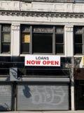 城市被关闭的贷款商店 免版税库存照片