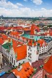 城市视图慕尼黑,老城镇厅(Altes Rathaus) 图库摄影