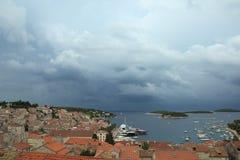 城市赫瓦尔岛在克罗地亚 免版税库存图片
