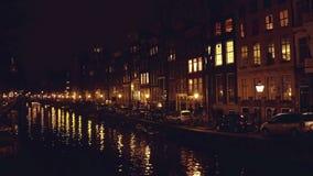 城市运河在晚上 阿姆斯特丹荷兰 影视素材