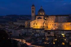 城市遗产意大利马尔什地区s站点城镇乌尔比诺视图围住了世界 库存图片
