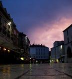 城市都市夜间的风景 免版税库存图片