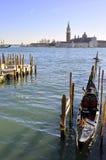 城市长平底船老威尼斯 免版税库存图片
