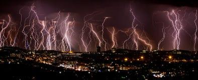 城市闪电 库存图片