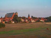 城市韦尔登县都市风景河的阿列尔,下萨克森州,德国 免版税库存图片