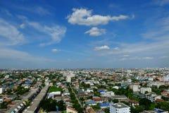 城市顶视图和蓝天,曼谷,泰国 免版税库存图片