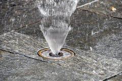 城市飞溅垫喷泉 图库摄影