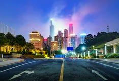 城市高楼夜视图 免版税库存照片