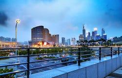 城市高楼夜视图 免版税库存图片