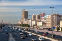 城市高速公路在科威特 免版税图库摄影