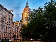 城市,一个老大厦,凯瑟琳医院加加林议院看法  库存图片