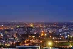 城市,德黑兰,伊朗顶视图夜照明的 库存图片