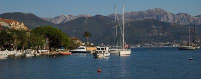 城市Djenovici,黑山的码头 免版税库存照片