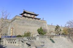 城市xian circumvallation的门塔在冬天 免版税库存照片