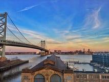 费城桥梁日落 免版税图库摄影