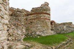 城楼和堡垒墙壁在内塞伯尔老镇的入口  库存图片