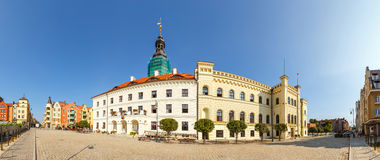 城镇厅全景在Glogow Glogow是其中一个最旧的镇在波兰 免版税库存照片