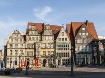 城镇厅和在集市广场的罗兰特雕象在布里曼 库存图片