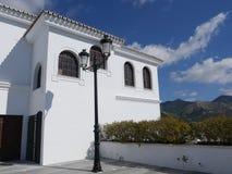 城镇厅在南部的西班牙地区的最美好的`白色`村庄的米哈斯一叫安达卢西亚 库存图片