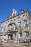 城镇厅在历史村庄恩克赫伊森 免版税图库摄影