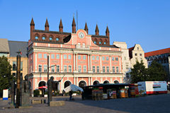 城镇厅在罗斯托克德国 库存图片