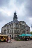 城镇厅在马斯特里赫特 库存图片