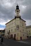 城镇厅在Banska Stiavnica,斯洛伐克2017年 04 30 图库摄影