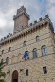 城镇厅塔蒙特普齐亚诺托斯卡纳 库存照片