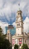 城镇厅尖沙咀钟楼Aotea的Squrae街市奥克兰 免版税图库摄影