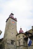 城镇厅钟楼在卢赛恩在瑞士 免版税库存照片