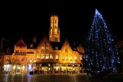 城镇圣诞节正方形结构树 免版税库存图片
