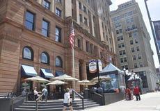 费城, 8月4日:历史建筑证券交易所从费城的购物中心入口在宾夕法尼亚 库存照片